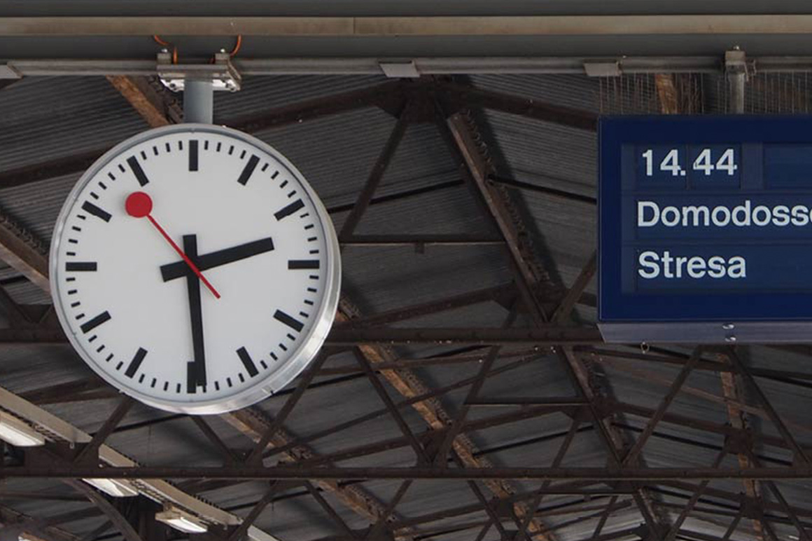 Swiss Railway Clock 2