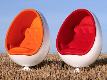Ovalia Egg Chair by Eero Aarnio